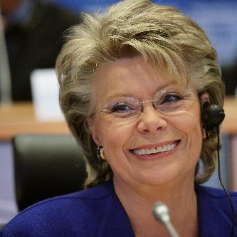 Barroso II Commission – Viviane Reding speaks out against homophobia without committing to action